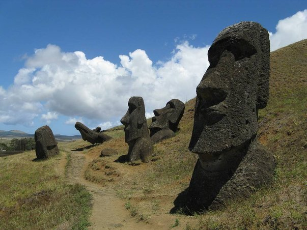 pulau easter 5 pulau paling misteri di dunia 3