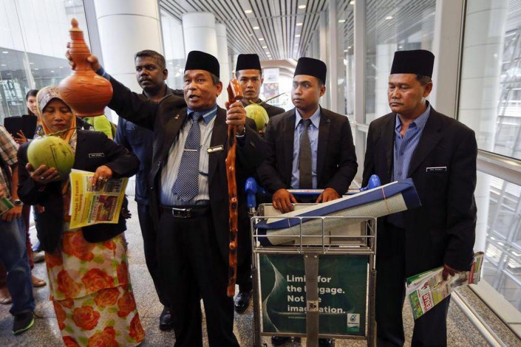 raja bomoh ritual di airport
