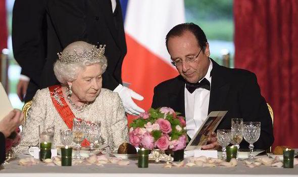 ratu england hanya makan kanji pada jamuan makan malam kerajaan 341