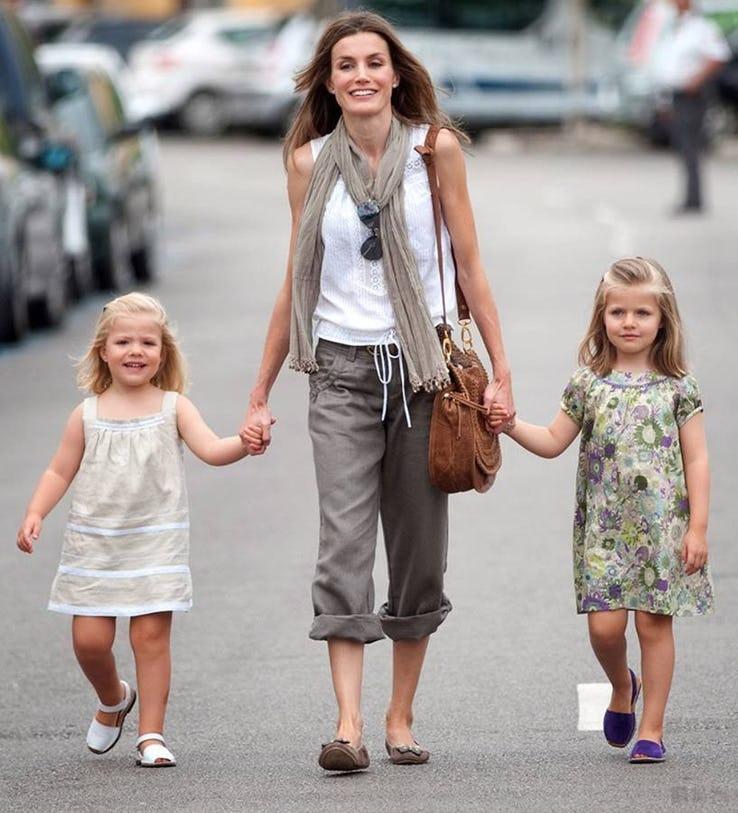 ratu letizia 8 ahli keluarga diraja yang menjalani kehidupan sederhana