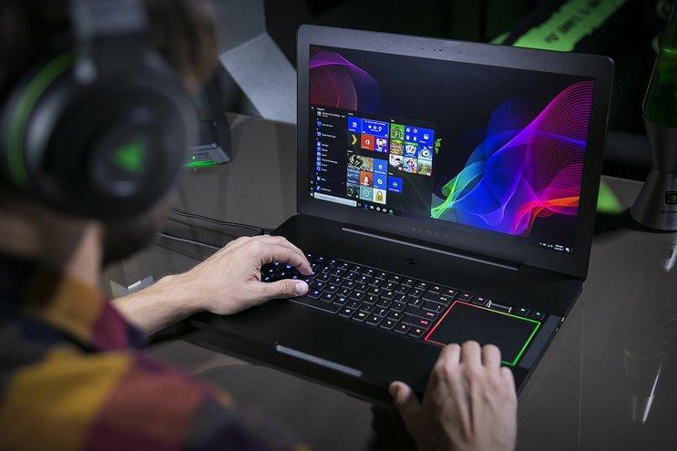 razer blade pro laptop gaming paling power 2