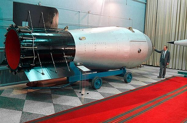 replika tsar bomba