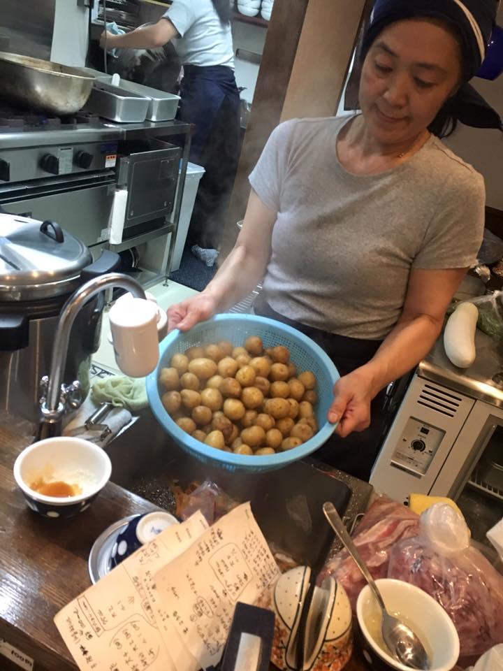 restoran mirai shokudo bekerja dan terima makanan percuma