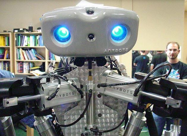 robot yang digunakan untuk mencabut gigi