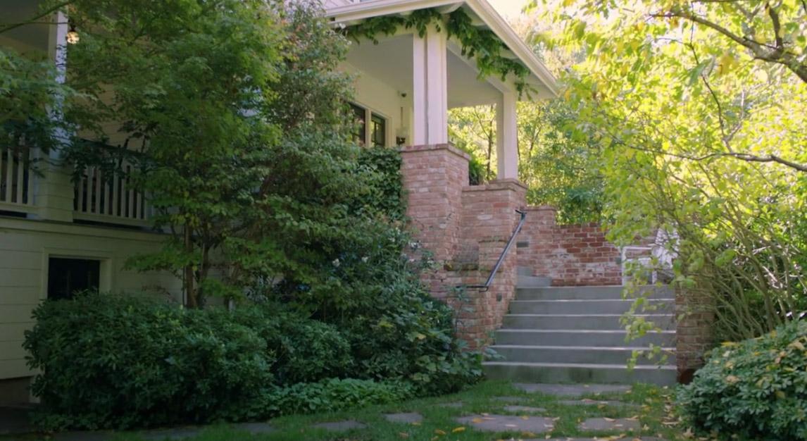 rumah bungalow mark zuckerberg