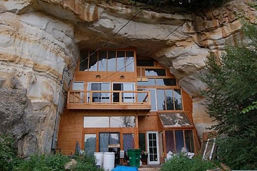 rumah gua rumah bawah tanah