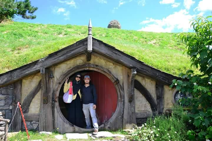 rumah hobbiton di new zealand