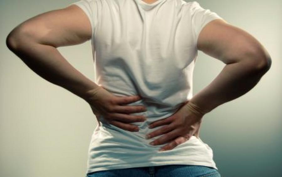sakit belakang 8 tanda awal kanser ovari yang anda wajib ambil tahu