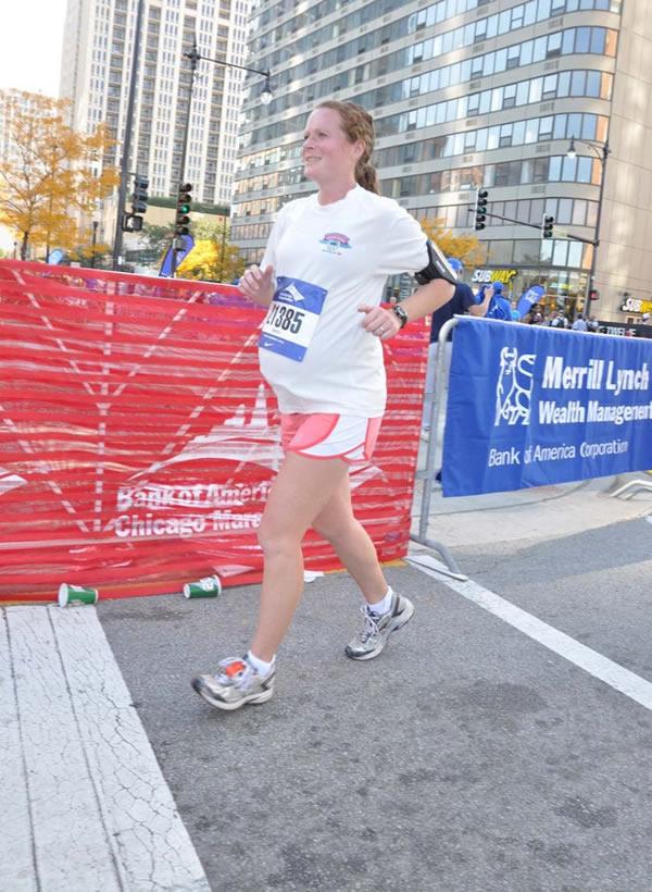 sakit hendak bersalin kontraksi lari marathon