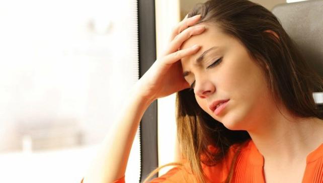 sakit kepala 818