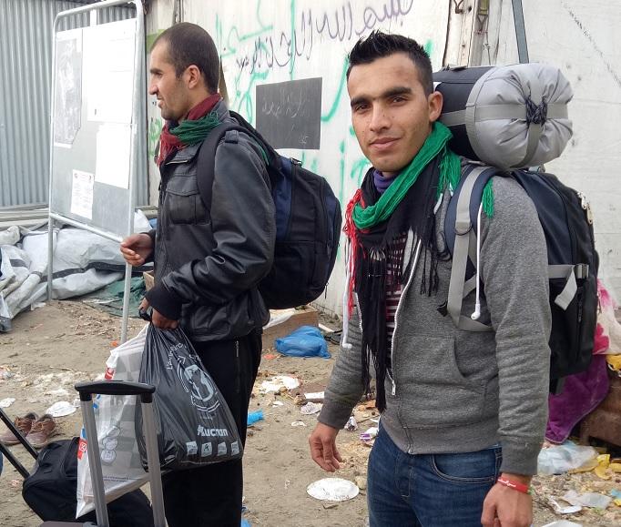 salah seorang pelarian yang membantu di kitchen in calais