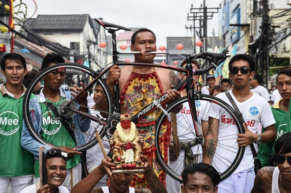 sambutan perayaan pelik di thailand