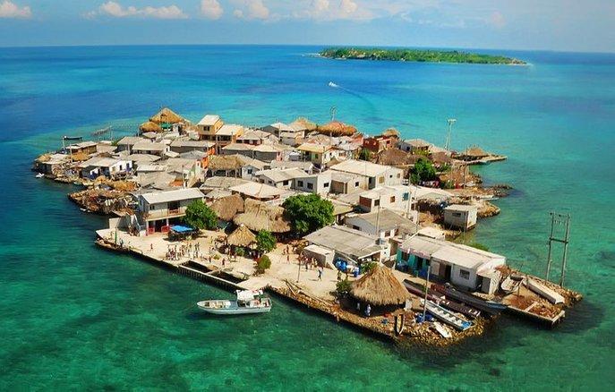 santa cruz del islote pulau terpadat di dunia 2