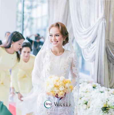 sari yanti di hari perkahwinannya