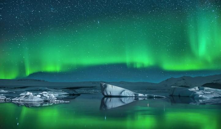 satu warna aurora borealis australis