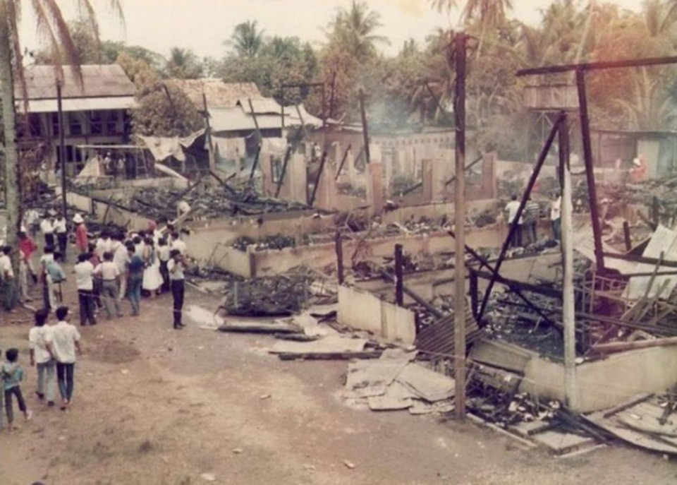 sekolah pondok terbakar