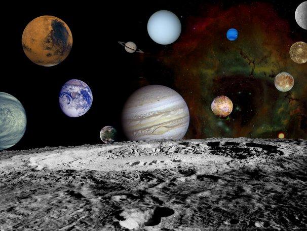 semua planet berbentuk sfera