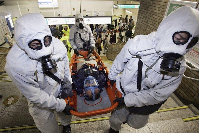 serangan sarin di stesen kereta api bawah tanah tokyo