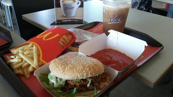 set makanan mc donalds