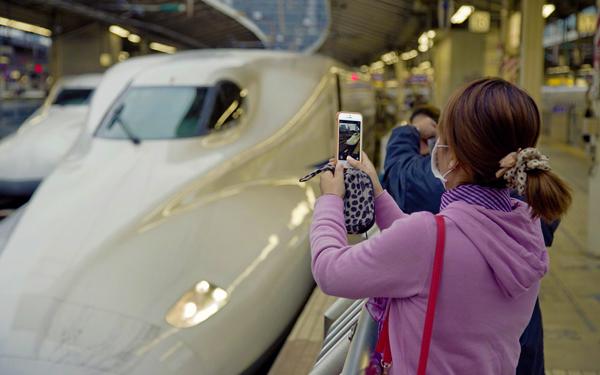 shinkansen fast bullet train selfie