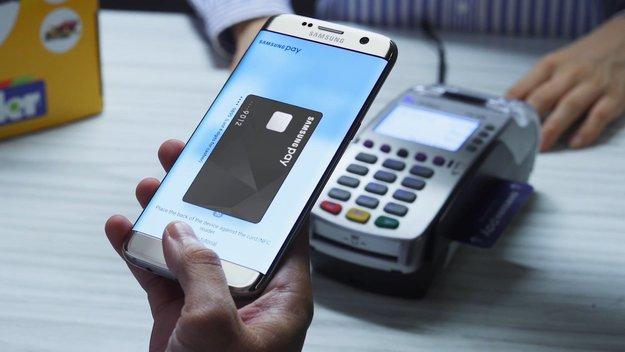 sistem penggunaan bayaran telefon pintar