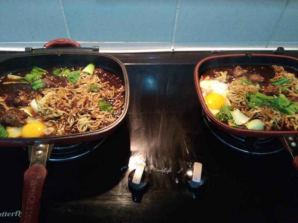 sizzling mee 2