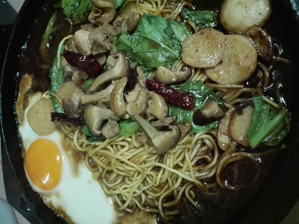 sizzling mee 233