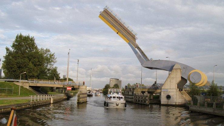 slauerhoffbrug jambatan paling pelik di dunia