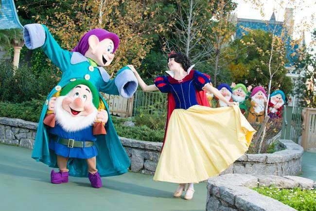 snow white di tokyo disneyland