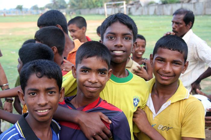 sri lanka 10 negara dengan populasi paling pendek di dunia