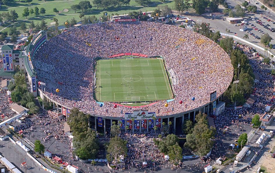stadium rose bowl pasadena usa ke 6 terbesar di dunia