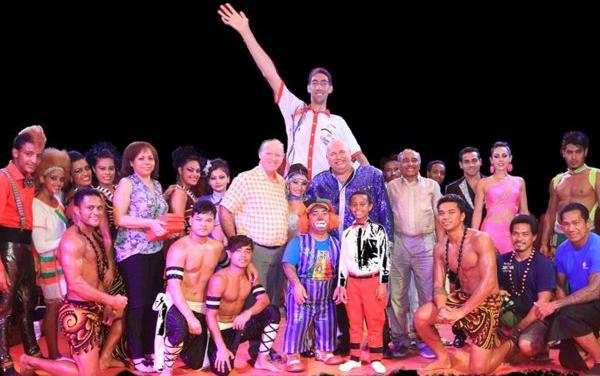 sultan kosen bersama magic circus of samoa