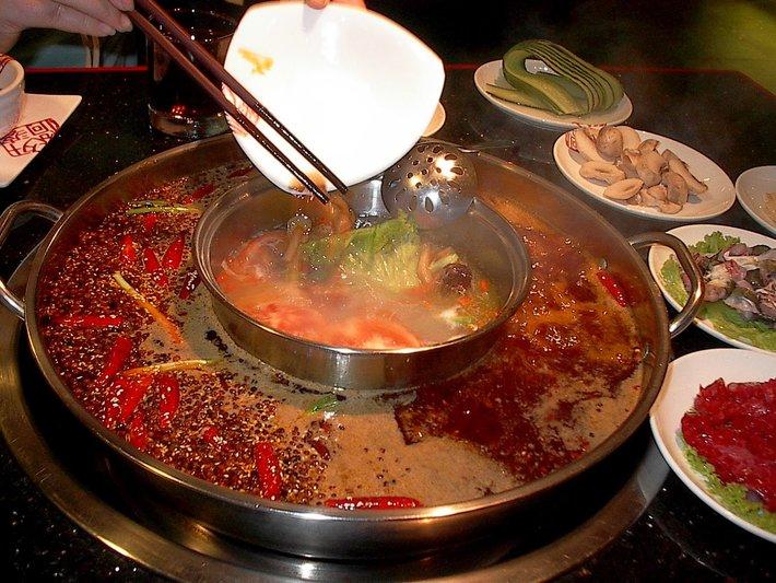 szechuan hot pot makanan pedas dari seluruh dunia