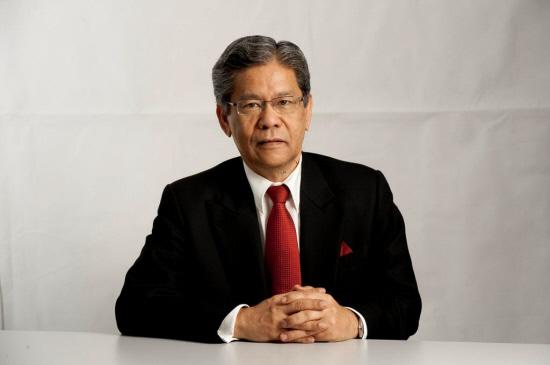 tan sri lodin wok kamaruddin gaji pemimpin tertinggi di malaysia