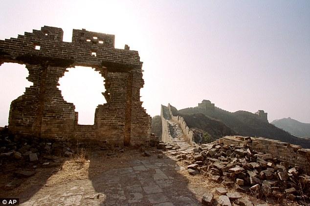 tembok besar china dirobohkan mao zedong