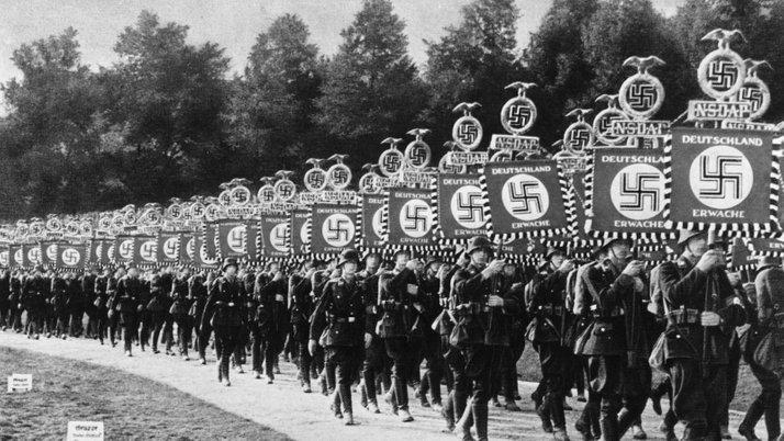 tentera nazi berarak