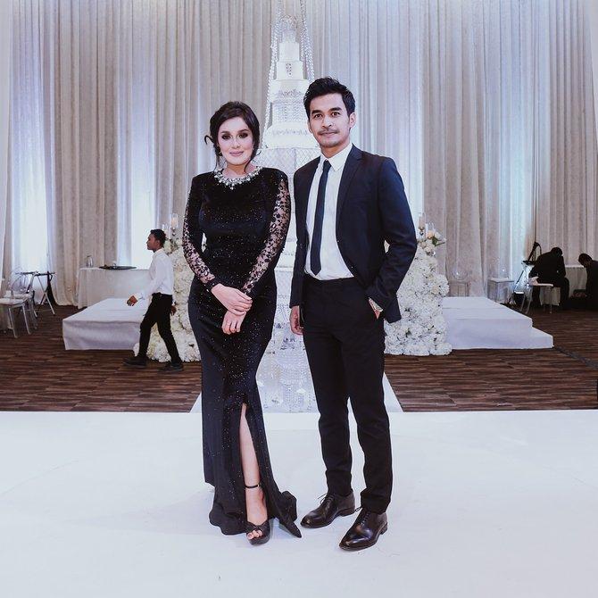 terlajak romatik foto foto majlis resepsi perkahwinan raf yaakob dan mawar rashid 9