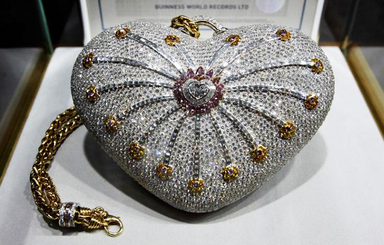 the 1001 nights diamond purse