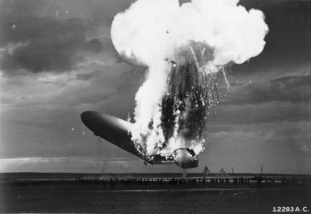 the hindenburg tragedi letupan kapal udara kebanggan nazi jerman 9 134