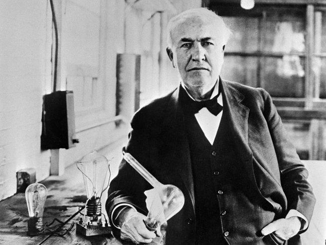 thomas edison cipta lampu mentol pertama