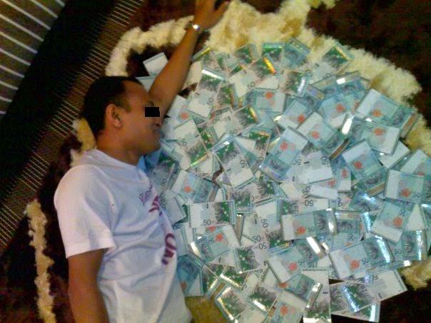 tidur dengan duit sampai duit beranak pinak