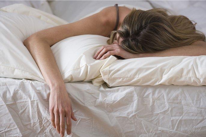 tidur meniarap