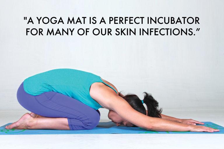 tikar yoga boleh menjadi tempat membiak segala bakteria