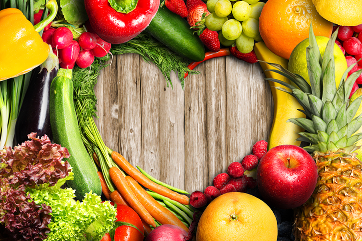 tips atasi jerawat di muka dengan makan buah dan sayur