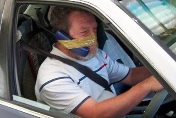tips selamat menggunakan phone ketika memandu