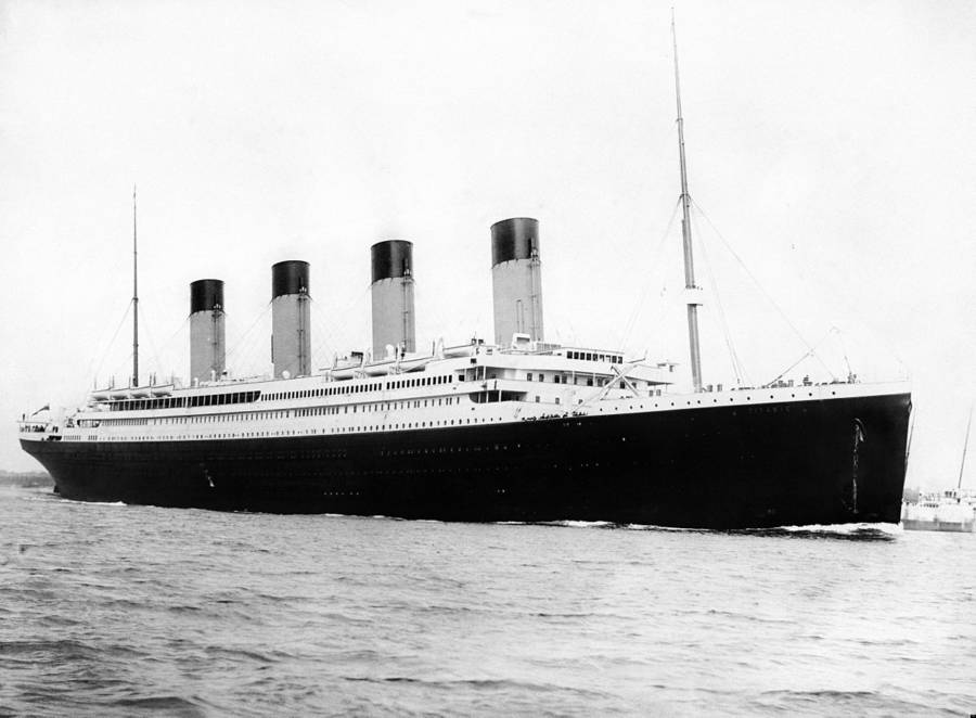 titanic karam pada 15 april 1912