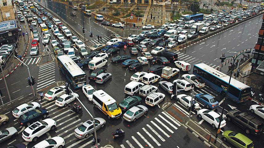 trafik sesak teruk di simpang empat