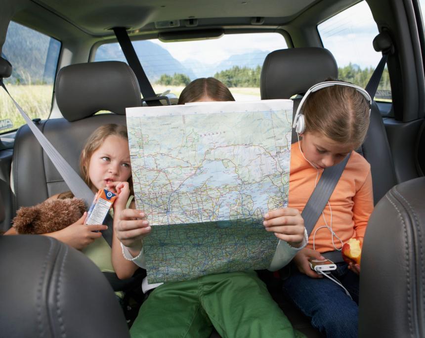 travel with kids aktiviti dalam kereta apa nak buat