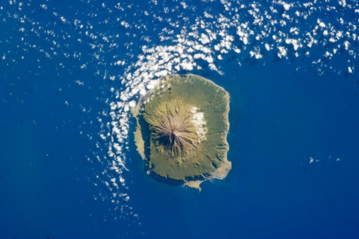 tristan da cunha kepulauan berpenduduk paling terpencil di dunia 177