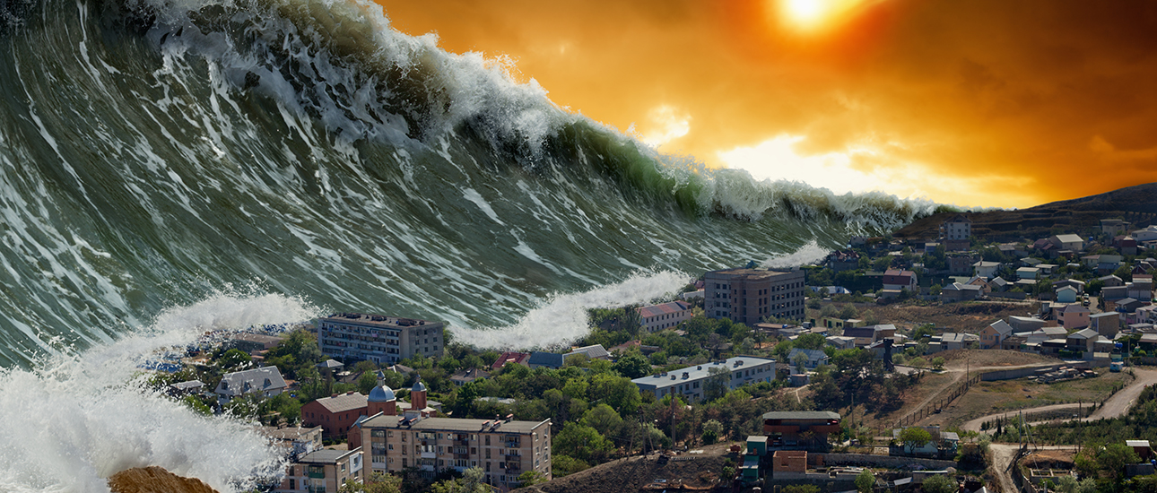 tsunami tinggi ombak besar